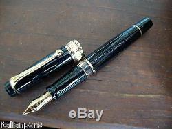 Aurora Optima Black Vermeil Fountain Pen