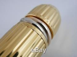 Cartier Pasha Black Lacquer and Gold Plated Black Clip Fountain Pen M Excellent