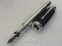 Krone Black Stingray. 925 Fountain Pen Black Diamonds Ltd. Edition 18K Gold Nib