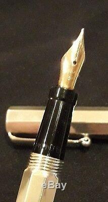 Montegrappa St Silver 925, Reminiscence Fountain Pen Black Enamel 14k Gold Nib