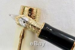 New Mint & Boxed Parker Duofold International Ivory & Black, Gold/t Fountain Pen