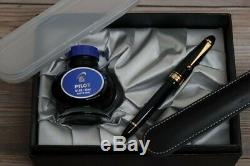 Pilot Fountain Pen Custom 823 Medium Nib Smoke/Transparent Black Plunger Fill