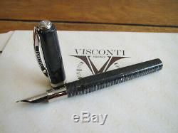 Visconti Wall Street grey-black celluloid Fountain pen 23kt Pd Medium nib MIB