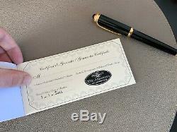 Cartier Roadster Fountain Pen Gold Nib En Résine Noire Avec Bordure En Plaqué Or