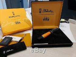 Delta Dolcevita Medium Fountain Pen Orange, Noir Avec Une Garniture 18k F Nib