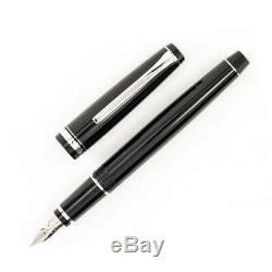 Pilot Falcon Fountain Pen, Noir Avec Des Accents Rhodium, Soft Fine Nib (60741)