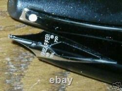 Sheaffer Héritage 2 Platinum & Black Fountain Pen 18k Medium Nib